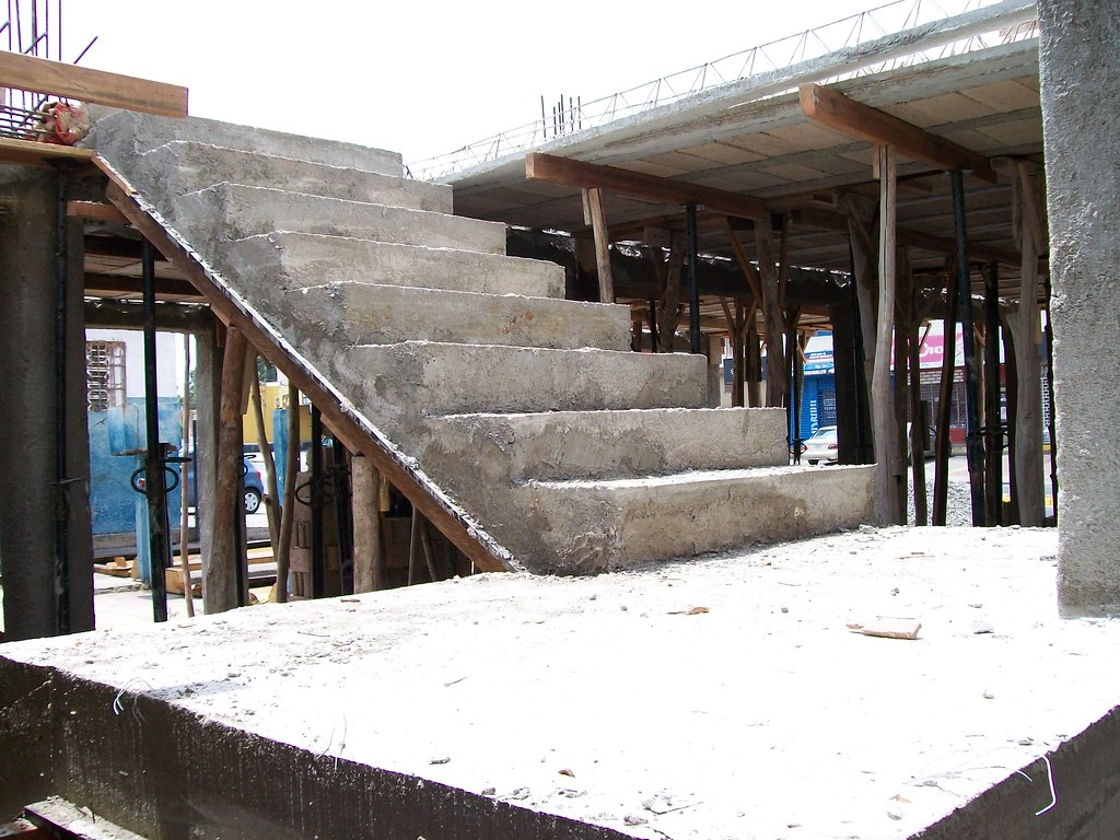 Escalera de concreto armado eudis de freitas flickr for Construir escalera de concreto
