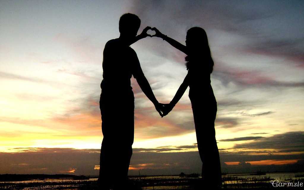 5 Stages of a Relationship: How Bonding establishes between two Hearts