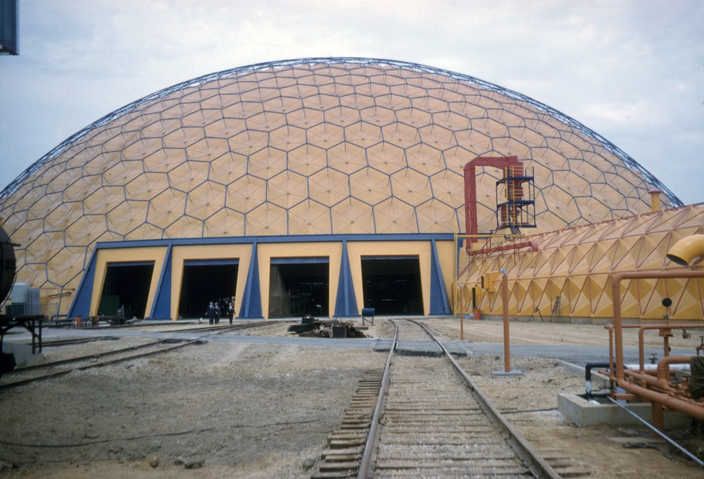 Union Tank Car Dome Near Baton Rouge La Scanned From A