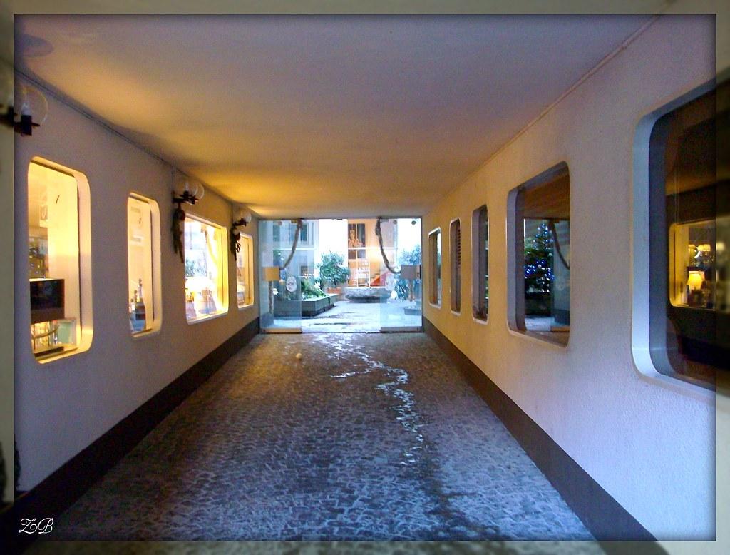 Couloir 1 Corridor 1 9 Rue Etienne Dumont Gen Ve Ge