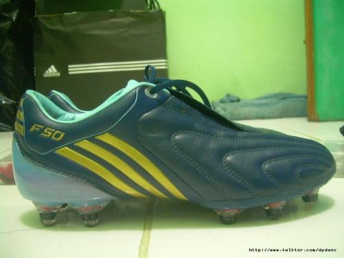 Adidas Messi  Junior Indoor Soccer Shoes