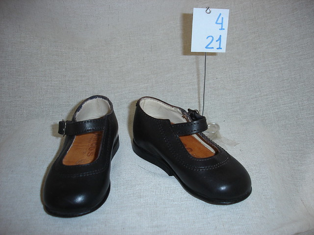 6453b27af ... en alquiler zapatos vintage niña n°24