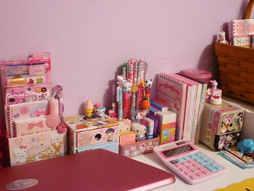 My Desk | One side of my ever kawaii cluttered desk ...