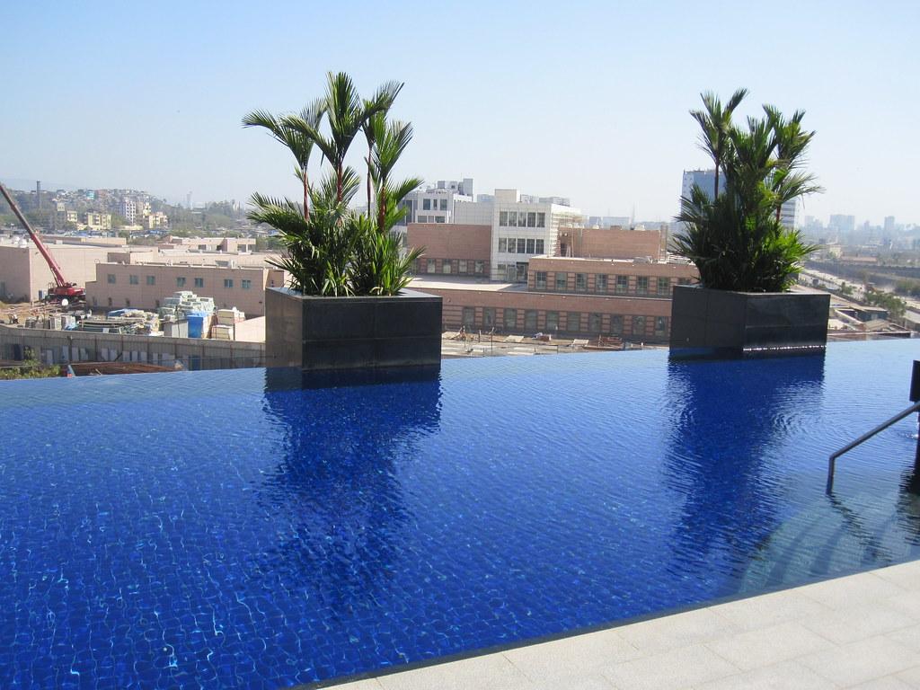 Infinity Pool Hotel Deutschland