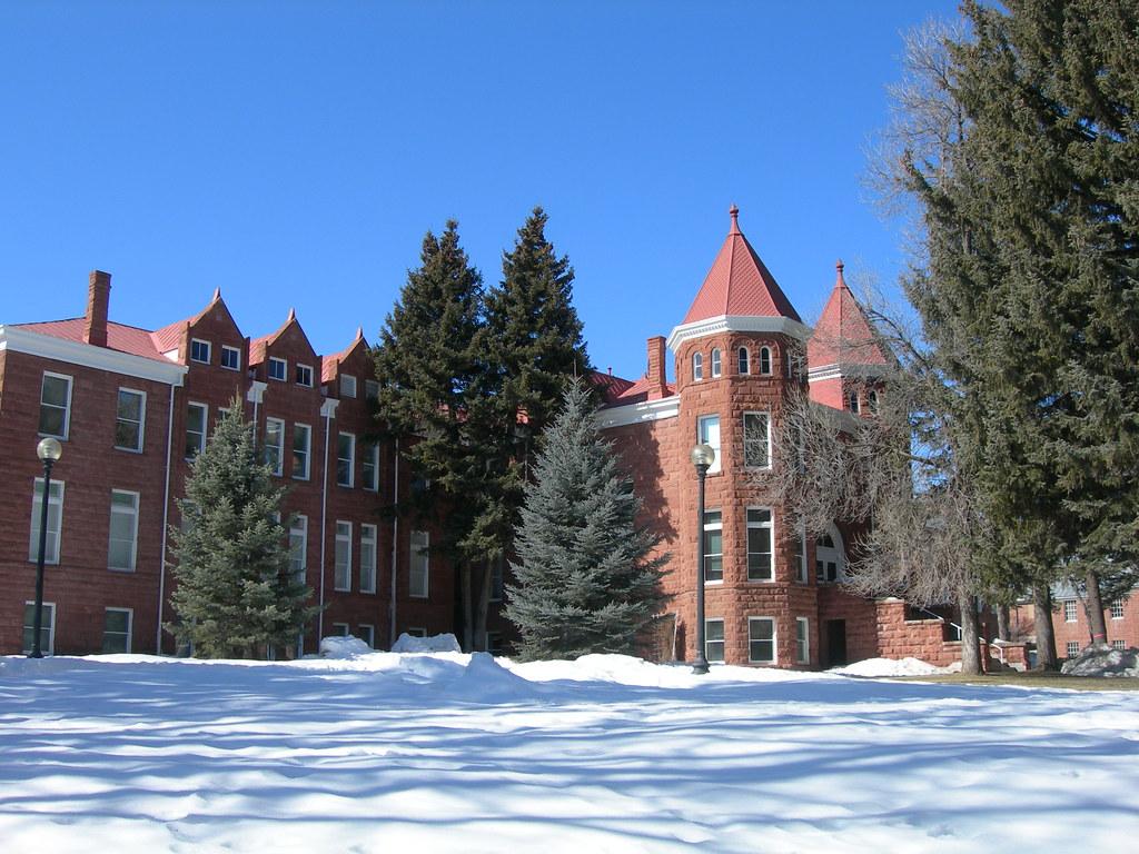 University Of Arizona Engineering Building