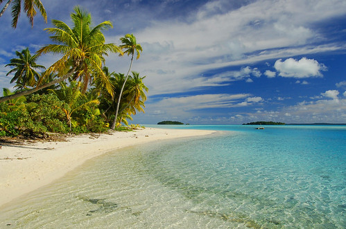 Lovely beach at Aitutaki lagoon (15.000+ views!) | by msdstefan
