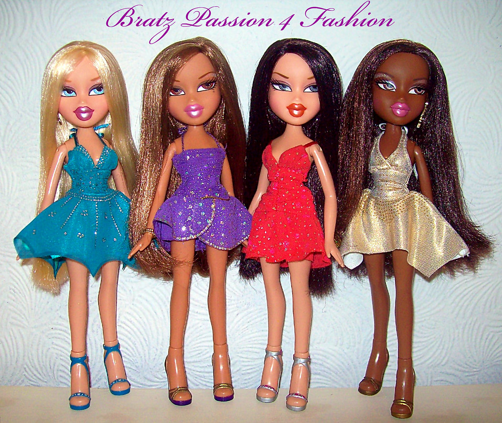 bratz passion 4 fashion 1st edition  2nd outfits  glam