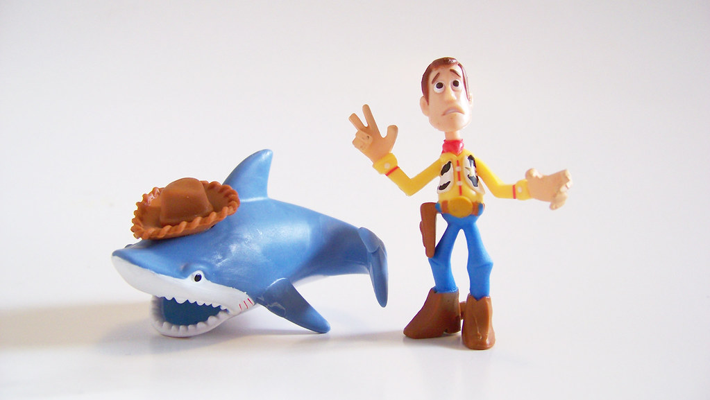 Shark Toy Box : Howdy squeaky toy shark and box sheriff