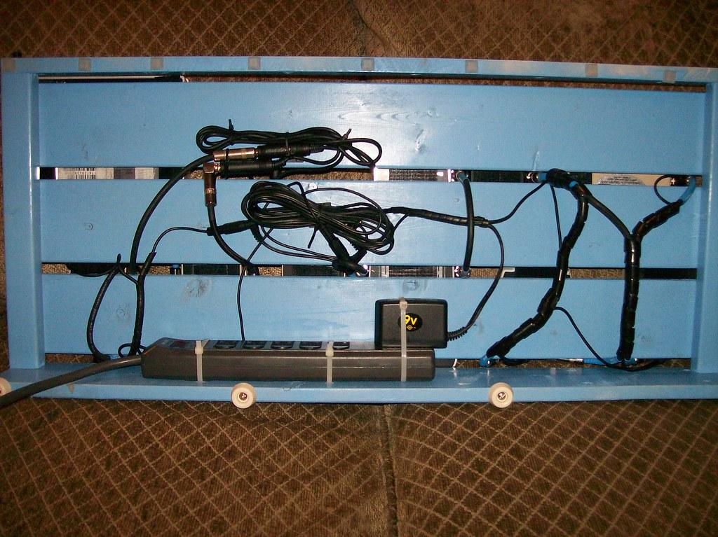 GORM Pedalboard Wiring | The wiring underneath my Ikea GORM … | Flickr