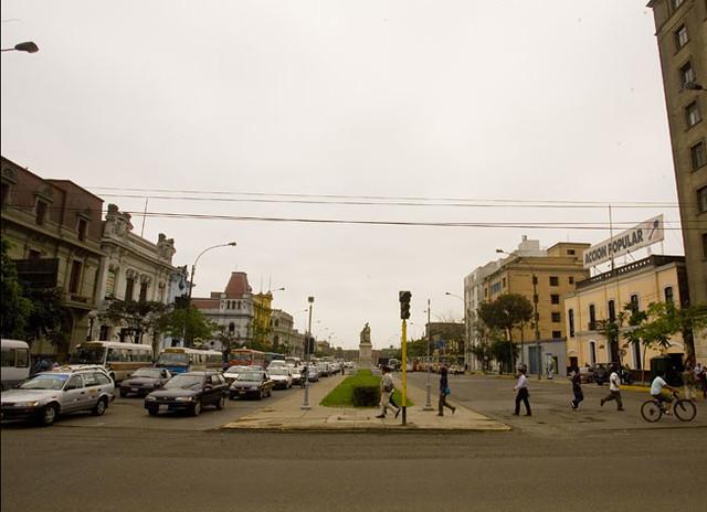 Paseo Colon con Av. Wilson (Marco Del Río) | 2010 | La República ...