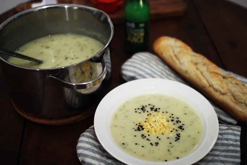 potatis och löksoppa