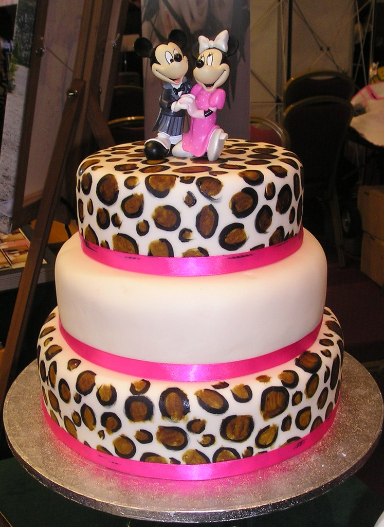 leopard print wedding cake leopard print wedding cake sweeney flickr 16826