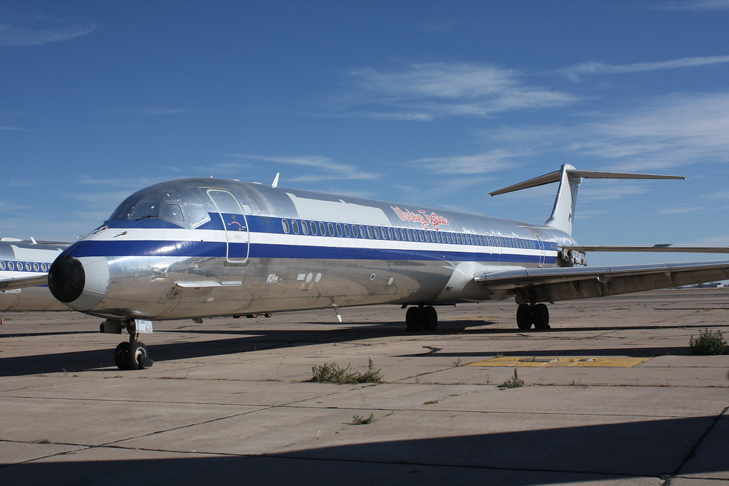 American Airlines Md 82 Quot Working Together Quot Parked On The R Flickr