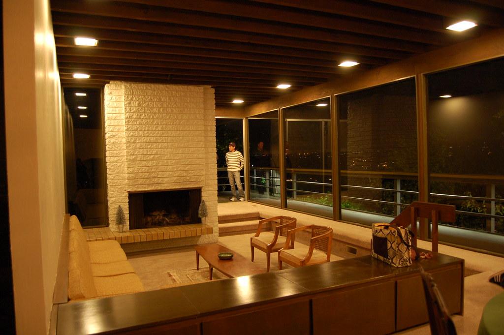 Sunken living room william lewis architect 1970 this for Sunken living room 70 s