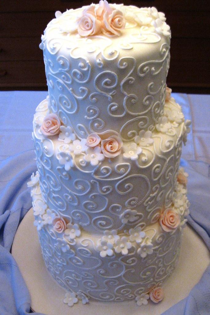 White Swirls Peach Flowers Wedding Cake Www Stephanietheba