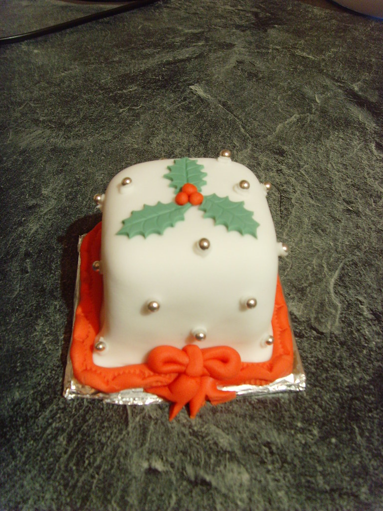 Mini Christmas Cakes Gifts