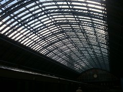 About to depart. Here's St Pancras' roof: one of the best in the business. Any top Notts roofs? | by benjilanyado