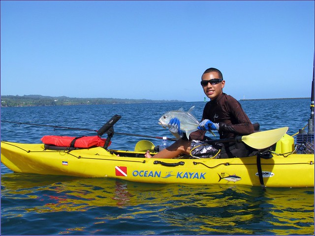 Kayak fishing hilo bay hawaii papio robert madrigal for Kayak fishing hawaii