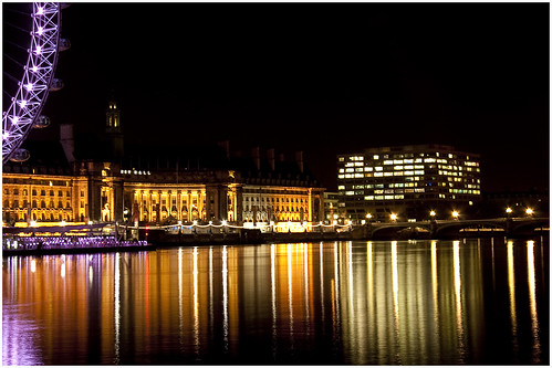 Reflections on the Thames @ night | by mostaque