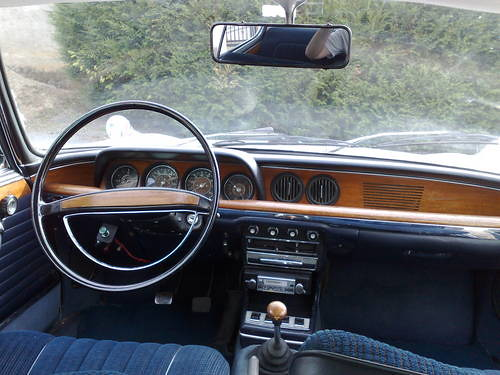 BMW 2000 CS 1967 1967 Inside Car And Classic Co Uk