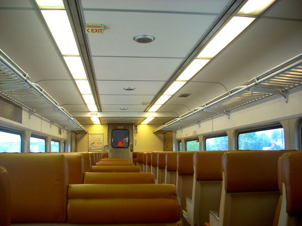 Comet car interior southern california 39 s metrolink for Southern california interiors