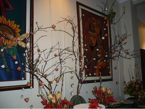 Uso de arboles secos decoracion de la mesa de torta con - Arboles de decoracion ...