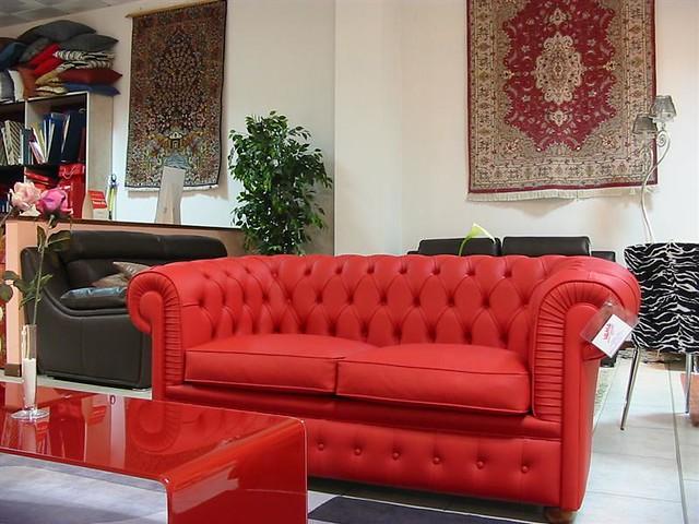 Divano Rosso Pelle : Divano chesterfield rosso divano posti chester in pelle u flickr