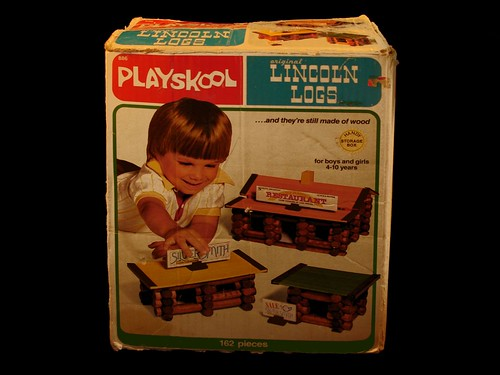 1978 Playskool Original Lincoln Logs Set 886 Playskool