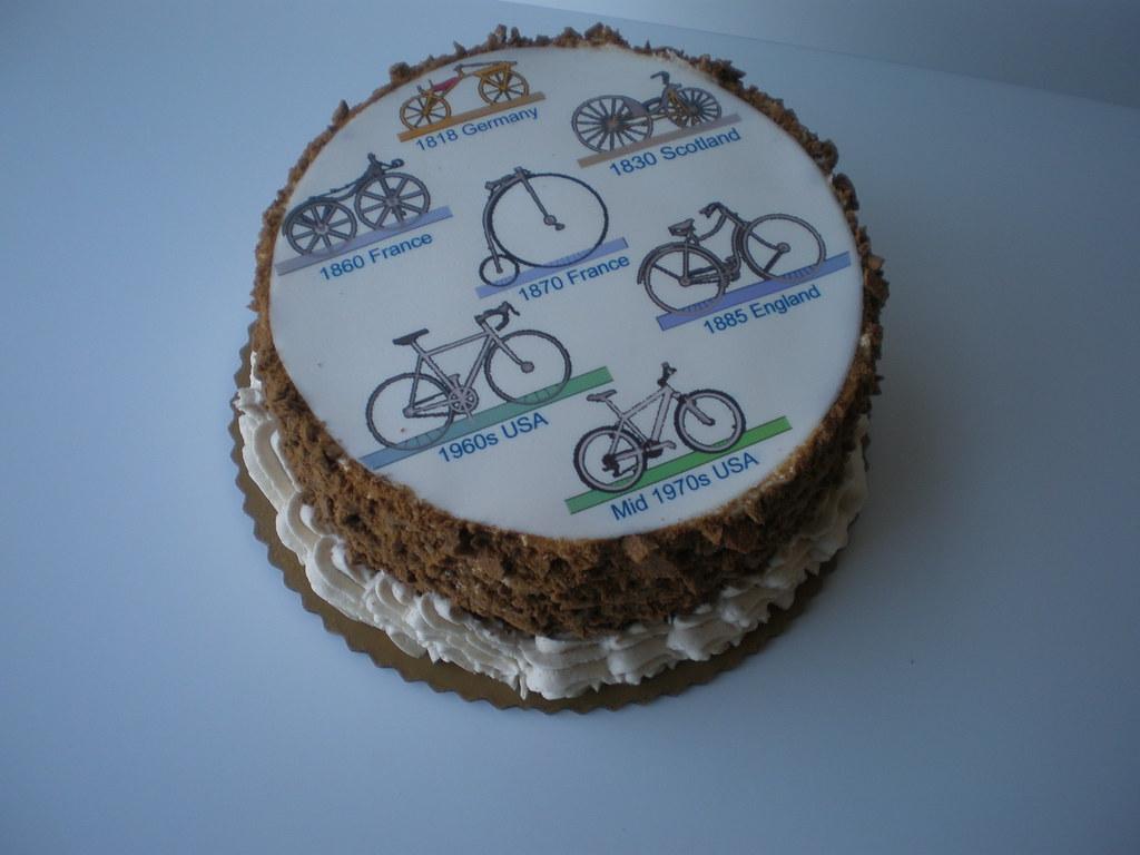 Custom Cyclist Cake Custom Carrot Cake For A Cycling Enthu Flickr