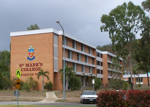 how to get to james cook university
