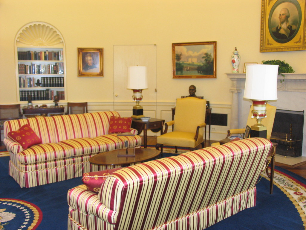 office seating area. Oval Office, Seating Area   By Truthout.org Office