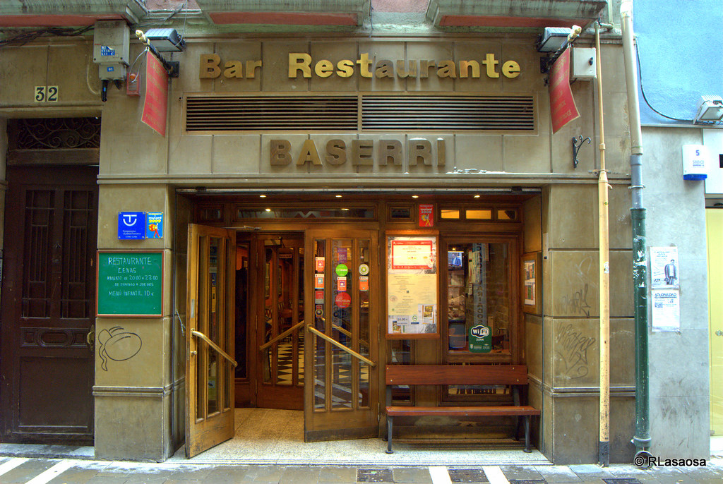 Bar restaurante baserri pamplona bar restaurante for Bar restaurante