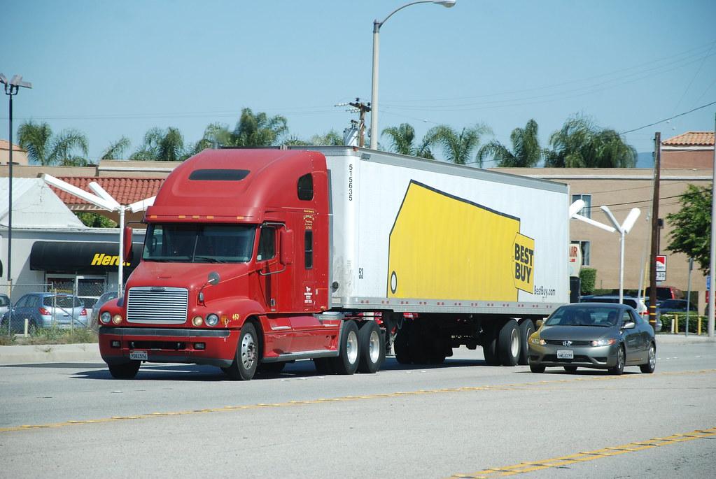 best buy freightliner big rig truck 18 wheeler flickr. Black Bedroom Furniture Sets. Home Design Ideas