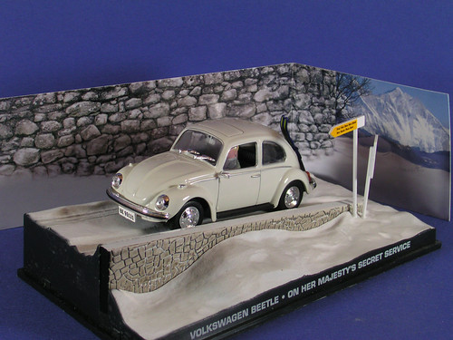 les voitures de james bond 007 vw coccinelle au service flickr. Black Bedroom Furniture Sets. Home Design Ideas