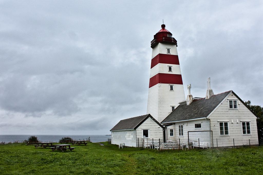 Alnes Lighthouse, Godøy island