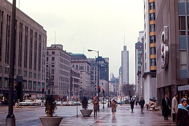 Michigan Avenue Chicago River Architecture Tour