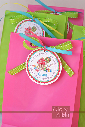 Candy Party- favor bags | I'm having fun planning a Candy ...