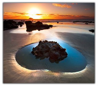 Heart Shaped Pool | by Nazar's Collection