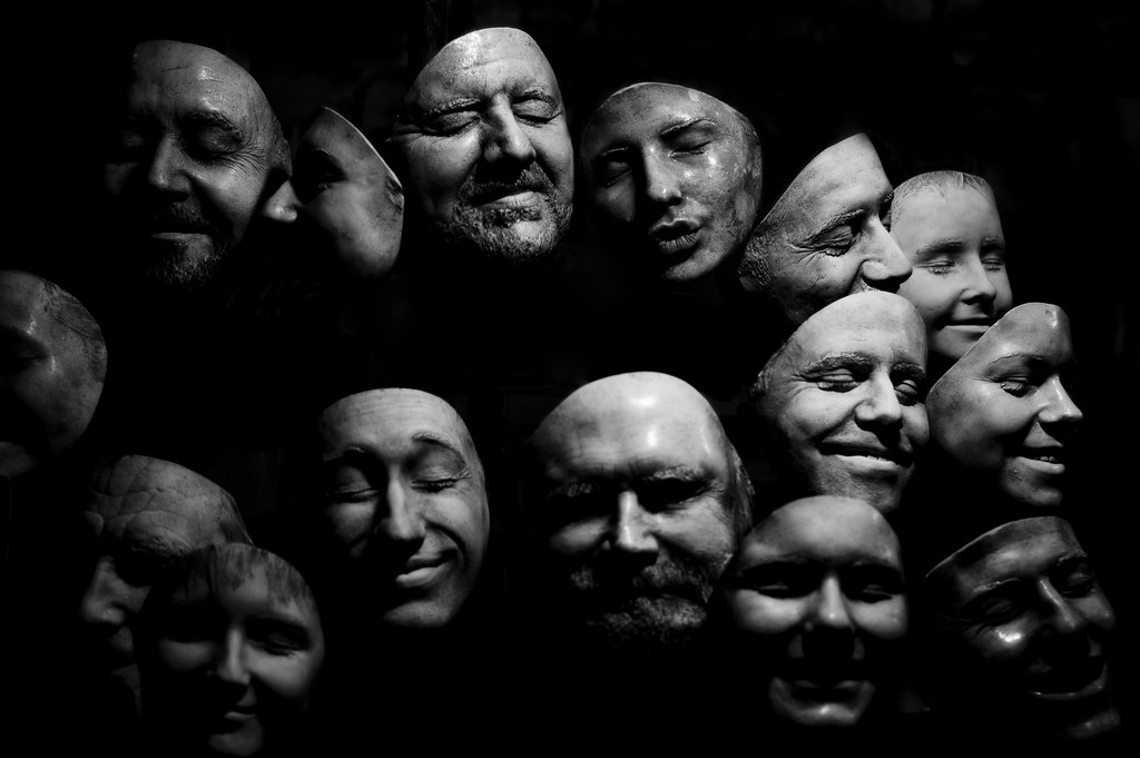 Faces In The Dark Geraint Otis Warlow Flickr