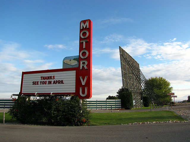 Motor Vu Drive In Parma Idaho Owned By The Same