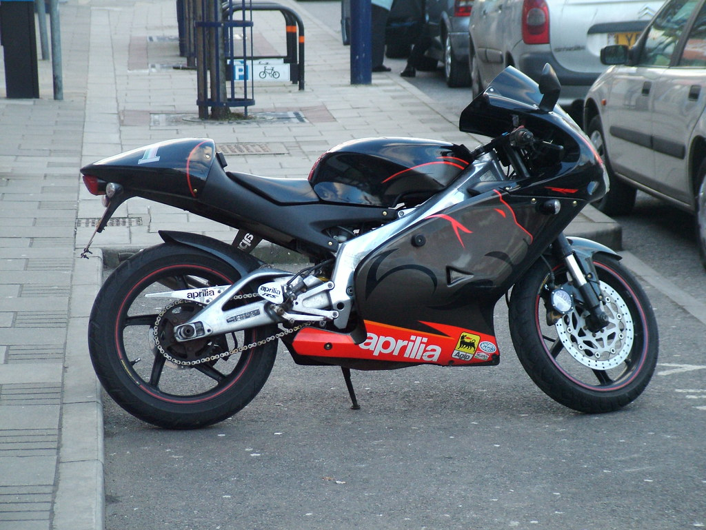 Rs >> Aprilia RS 125 | 2005 Aprilia RS 125 Powered by a single cyl… | Flickr