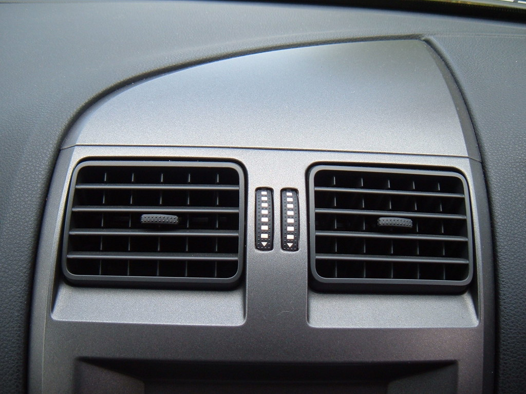 Air Conditioning Vents >> Ford Falcon centre air vents | I have taken these photos ...