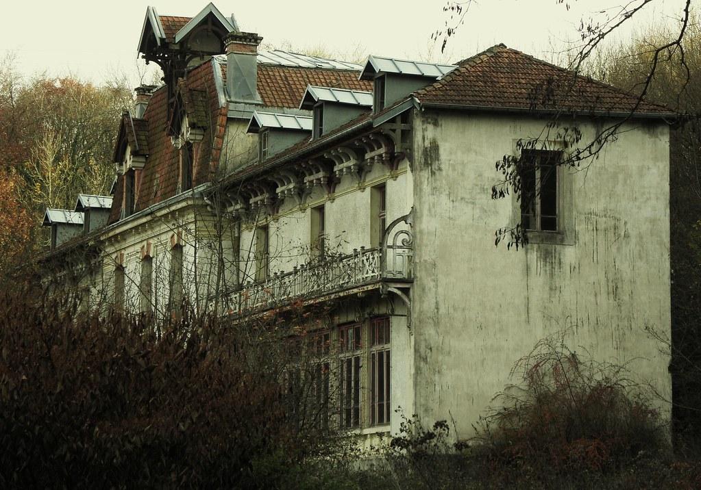 Maison abandonn e qui fait peur pimzy flickr for Decoration qui fait peur