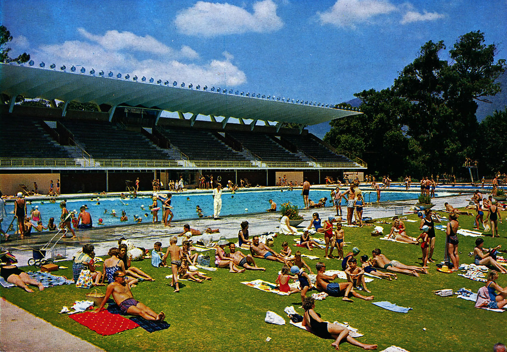 Newlands swimming pool bathers relaxing on the grass at th flickr for Southern suburbs swimming pool