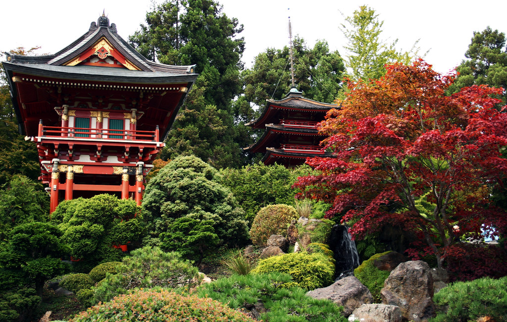 San francisco japanese tea garden temple gate and pagoda - Japanese tea garden san francisco ...