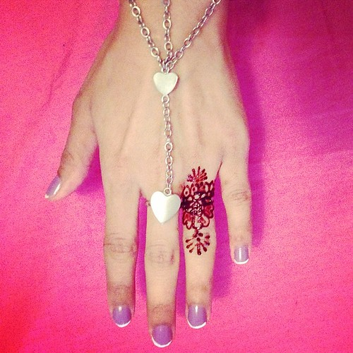 Ring Finger Henna With Heart Chains Bracelet Ring Duo B
