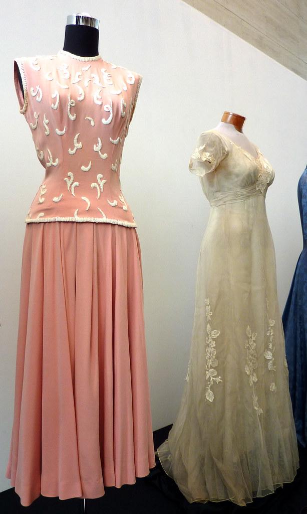The Famous Dress Designer Mac Duggal Web Page
