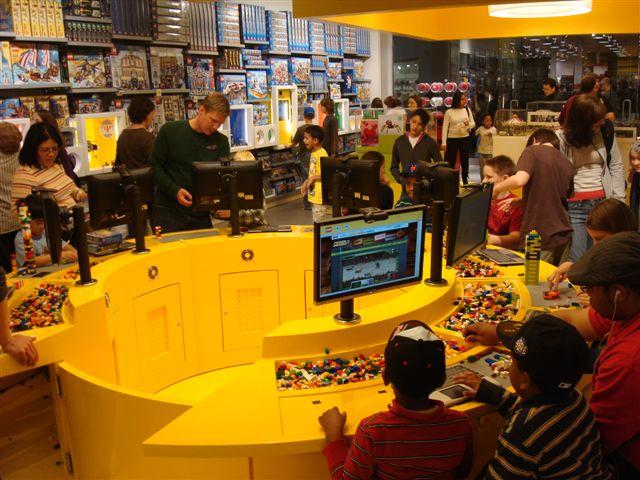 LEGO Shop (Concord Mills) | Steven Swain | Flickr