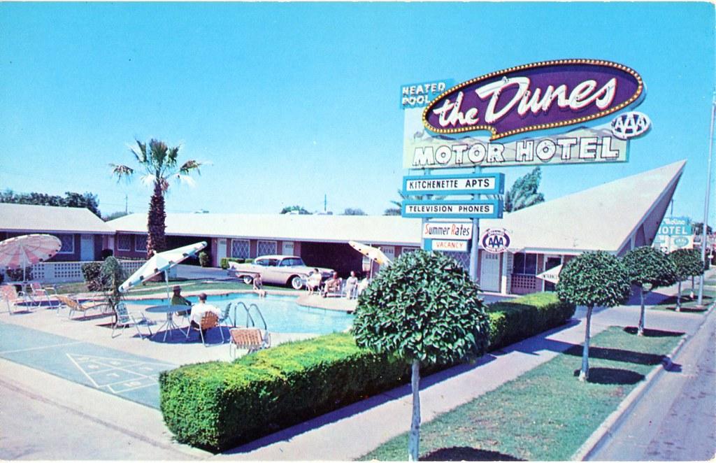 The dunes motor hotel phoenix az 2935 e van buren for Hotels 85016