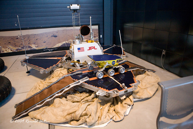 NASA: Mars Pathfinder Lander / Sojourner Rover | Mars ...